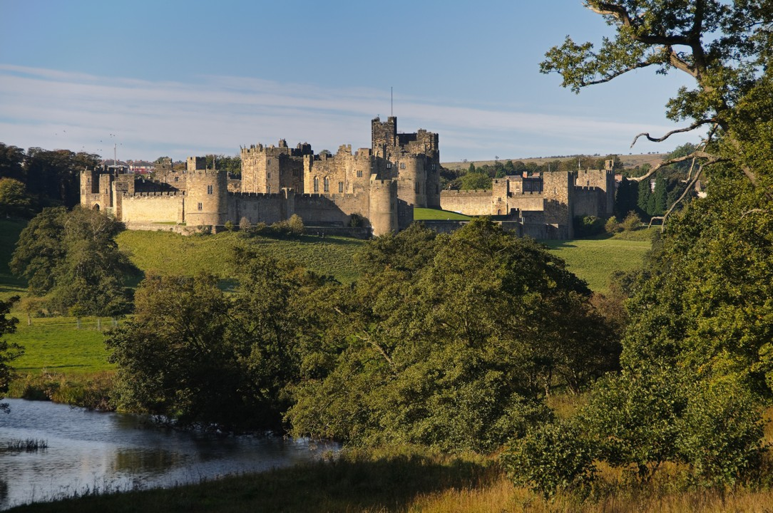 The Borders Country and Alnwick Castle with hotel pick-up