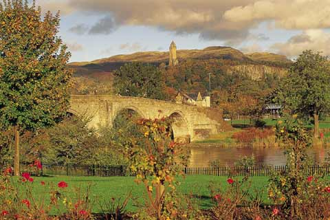 The towering Wallace Monument looks over Stirling Old Bridge