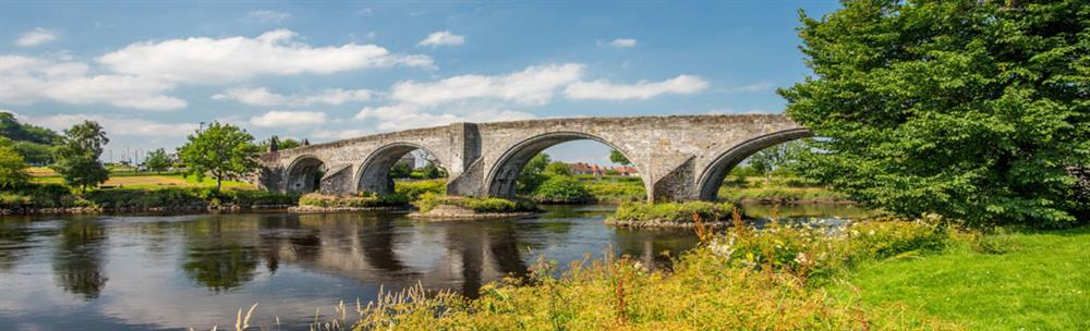 Stirling Bridge - an 80 metre long stone bridge with 4 semi-circular arches, crossing the river Forth
