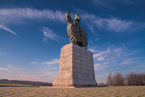 Statue of King Robert the Bruce riding his horse at Bannockburn Battlefield