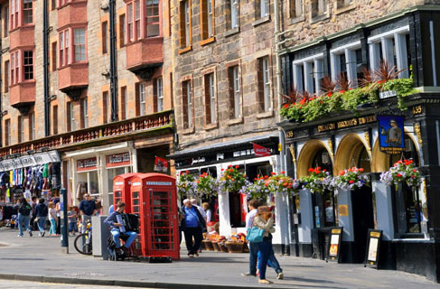 Two red Phone Boxes in Edinburgh's Royal Mile
