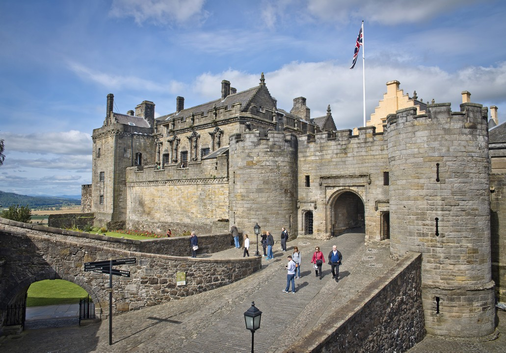 Stirling-Castle-Loch-Lomond-and-Whisky